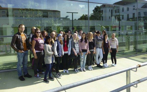 Besuch der Gesundheits- und Krankenpflegeschule in Wien
