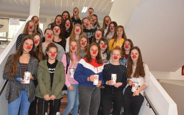 Schülerinnen der HLW sammelten für einen guten Zweck